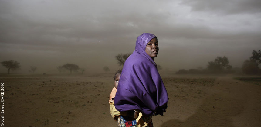 Woman and child in Niger