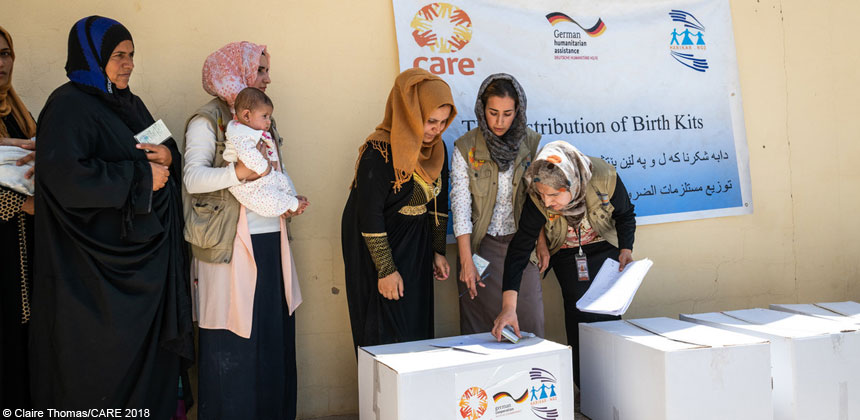 Distribution of mother and baby kits in Iraq