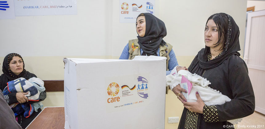 Hygiene kit distribution to mothers in Iraq