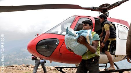 Helicopter delivering relief supplies in Nepal