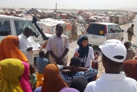 CARE staff visit IDP camp in Bossaso