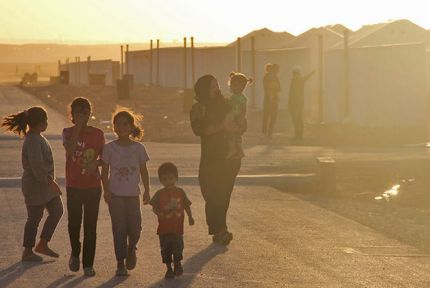A Syrian family passing through Azraq camp © CARE / Johanna Mitscherlich