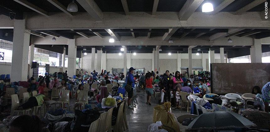 An evacuation centre in Tacloban © ACCORD