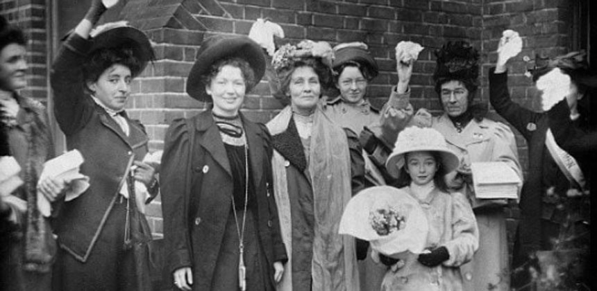Black and white photo of suffragettes